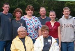 2004 Paul Jr. & Mary Rittenhouse with family at Maine Reunion